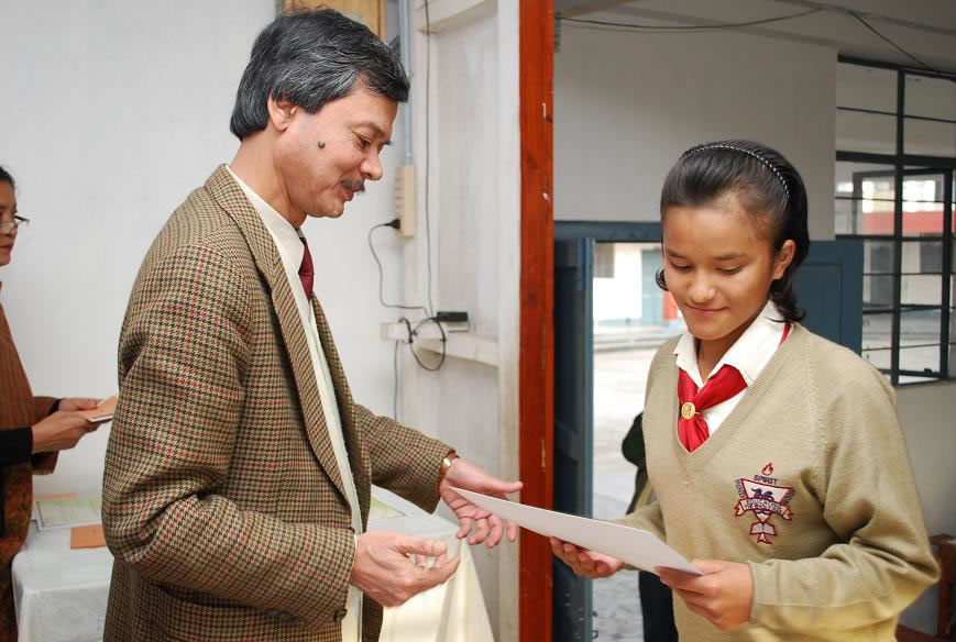Felicitating Students Essay Writing competition