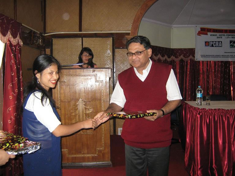 Felicitating on One day seminar ec-2009